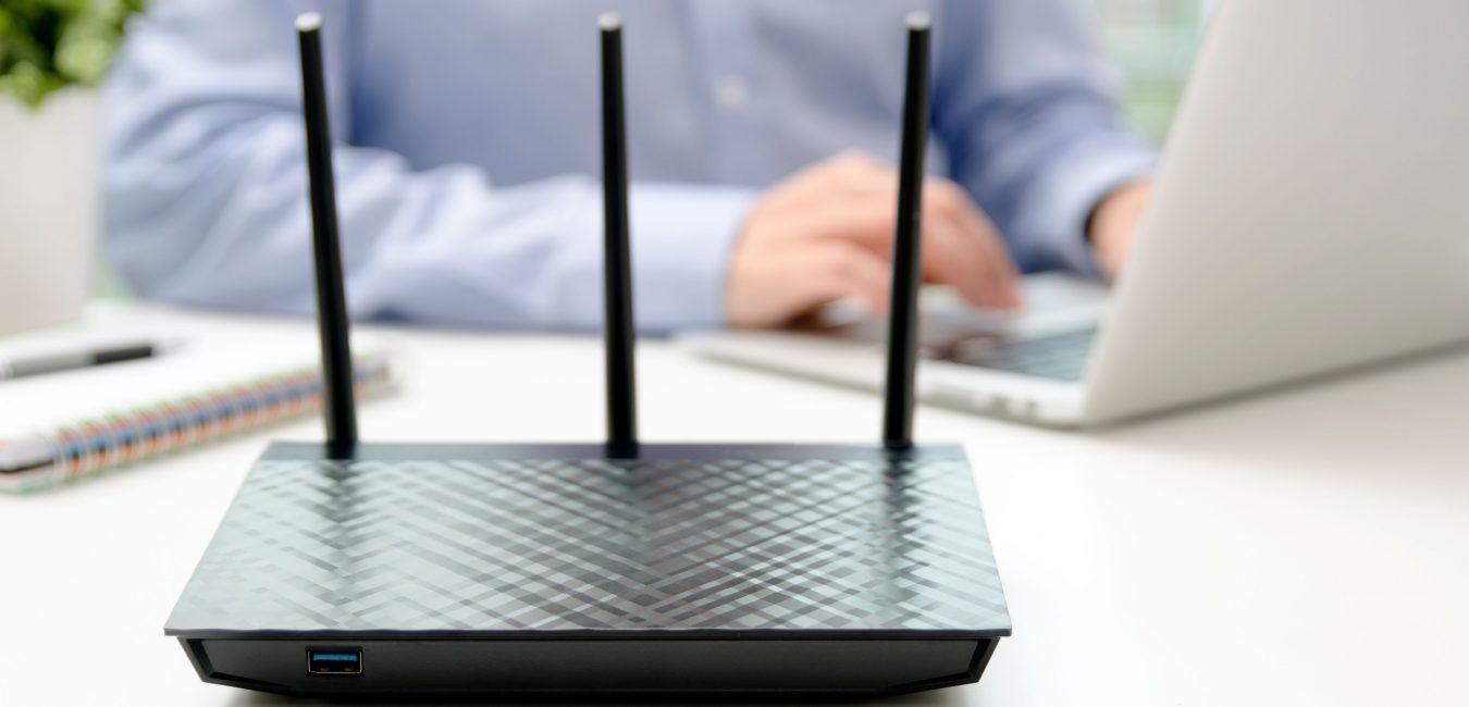 Sieci bezprzewodowe - sieć lokalna LAN, WAN, sieć WLAN